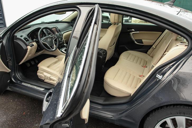 használt Opel Insignia gondos használat