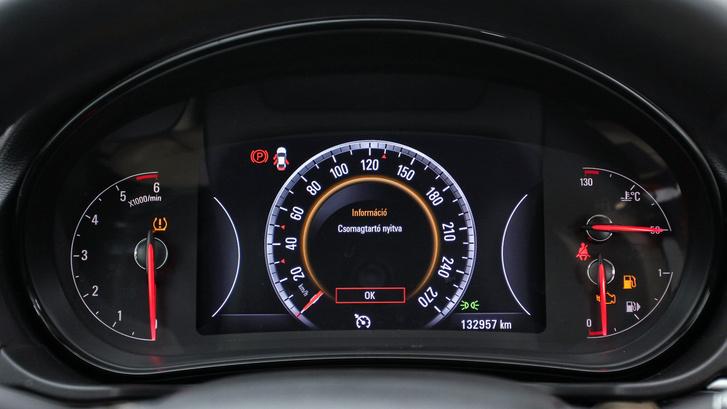 használt Opel Insignia kilométer