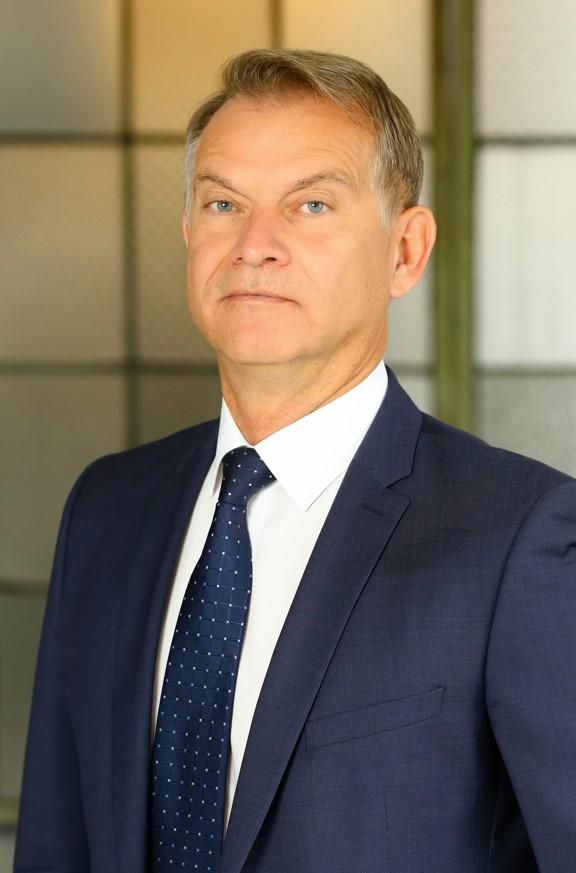 Tüttő László - kereskedelmi igazgató Business Lease